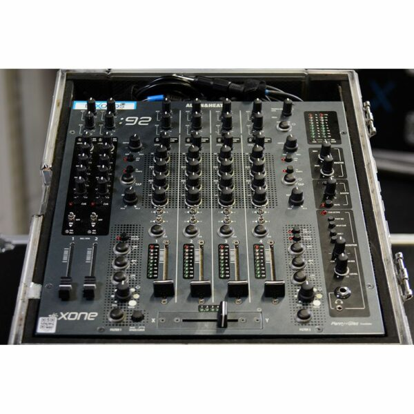 DJ Mixer A&H Xone 92