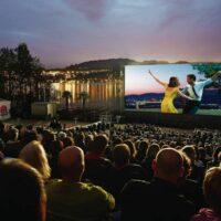 Openlucht bioscoop personen voor 1250 personen