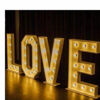Verlichte woorden: love