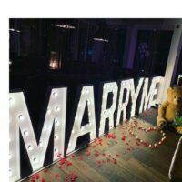 Verlichte woorden – Marry me huren